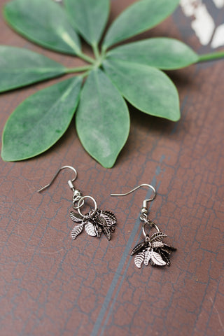 Tiny Leaf Cluster Earrings for Women - Jewelry - WAR Chest Boutique