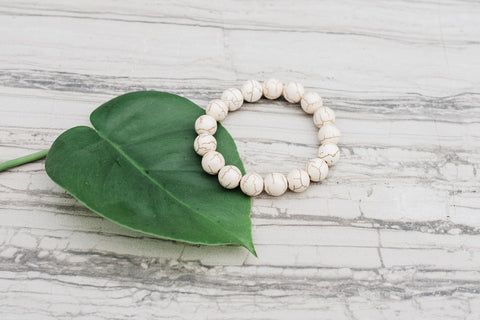 Small Howlite Crackle Bracelet