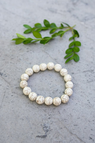 Large Howlite Crackle Bracelet