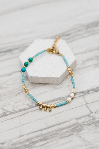 Turquoise and Gold Droplet Bracelet