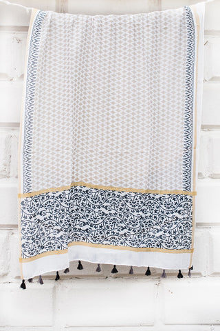 Black and Beige Diamond Pattern Scarf