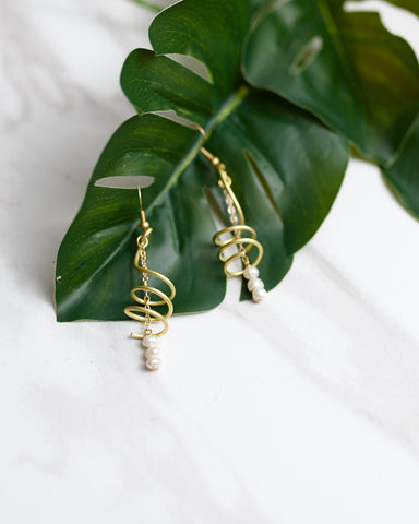Twirly Pearly Earrings