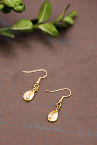 Tiny Teardrop Pearl Earrings for Women - Jewelry - WAR Chest Boutique