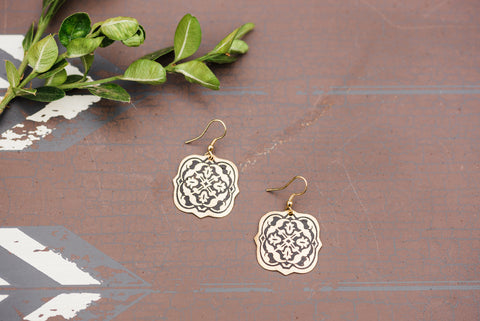Gold Arabesque Earring for Women - Jewelry - WAR Chest Boutique