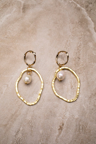 Pearl Gold Round Earring