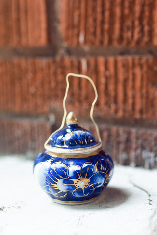 Short Oriental Blue Ornament