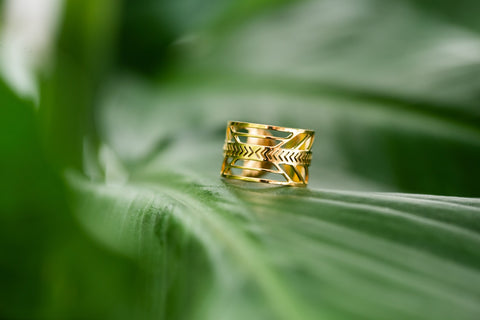 Tribal Little Arrow Gold Ring