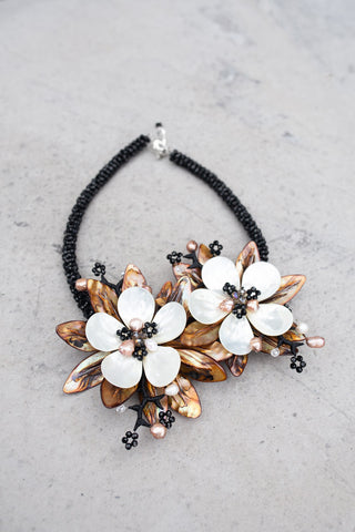 Mother of Pearl Shell Necklace