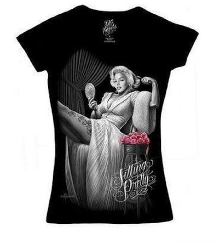 DGA Women's Sitting Pretty V-Neck Tee Shirt Marilyn Monroe Black.