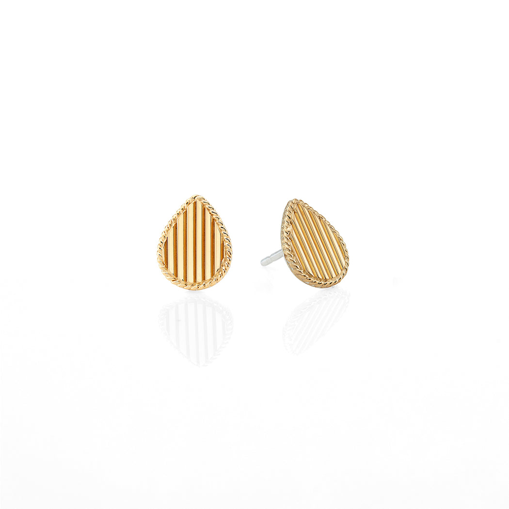 Ribbed Teardrop Stud Earrings
