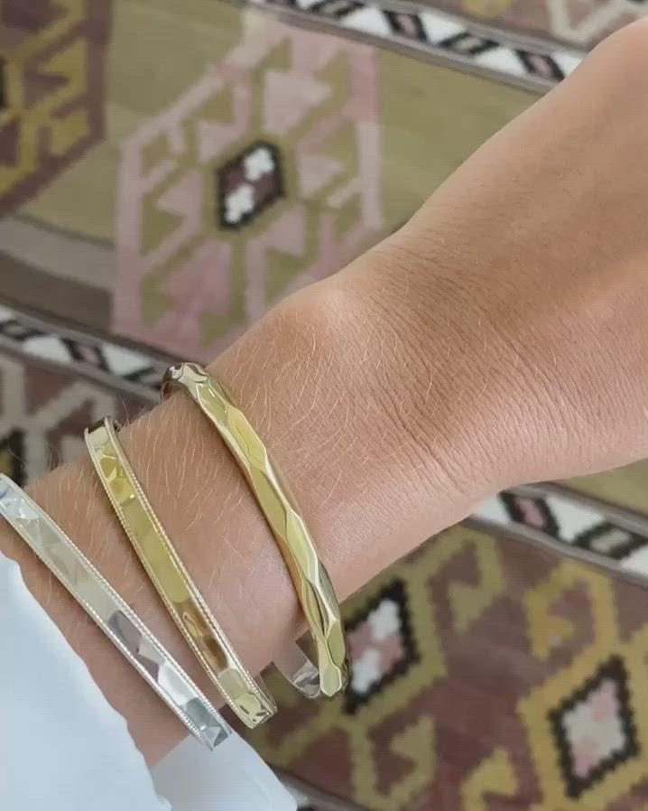 Geo Hammered Cuff - Gold
