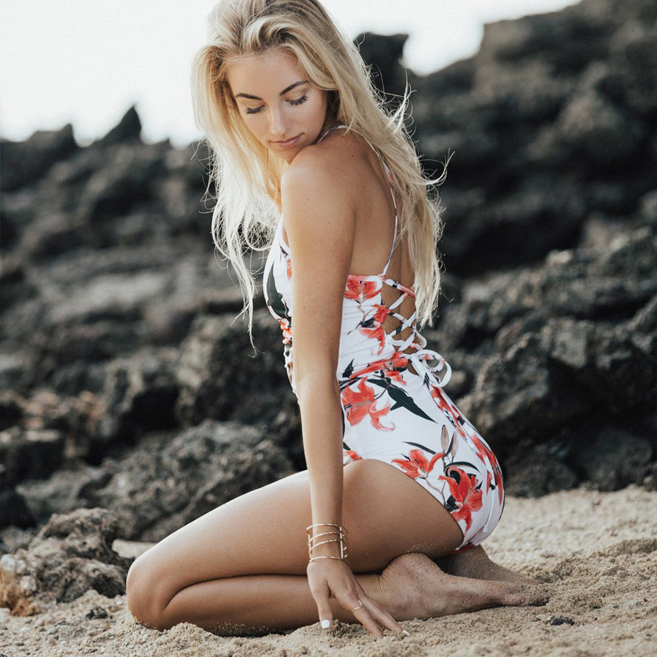 THE CALI ONE PIECE