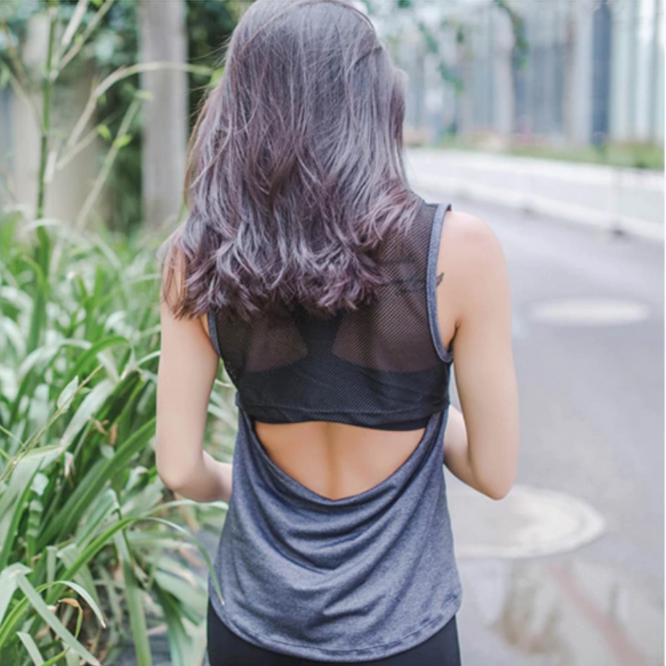 THE ZONE YOGA TOP