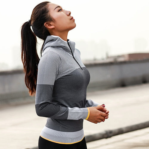 SWIFT YOGA PULLOVER