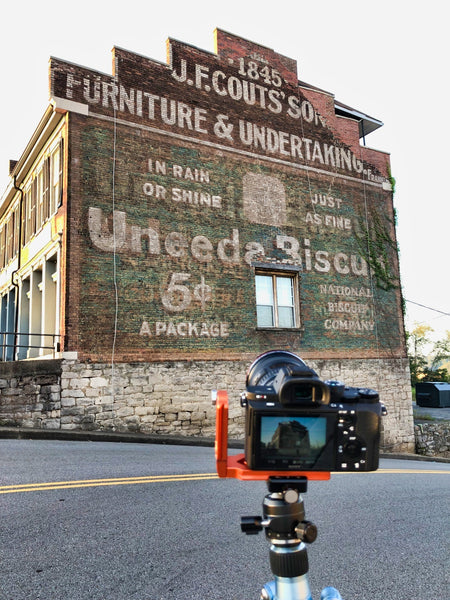 Behind-the-scenes snapshot on the location of the Clarksville Uneeda Biscuit ghost sign
