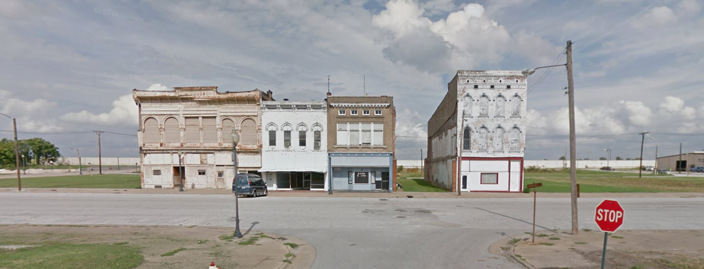 Abandoned Buildings in Cairo Illinois courtesy Google Street View