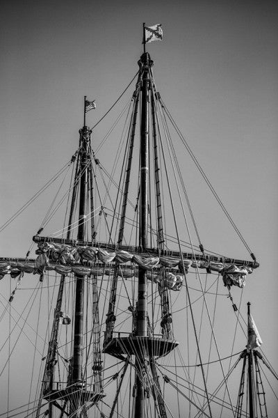 florida, pictures of florida, florida in black and white, pictures of st augustine, st augustine florida, keith dotson, keith dotson photography, black and white photography, ships masts, historic ship masts, ship sails, sailing ships, nautical art,