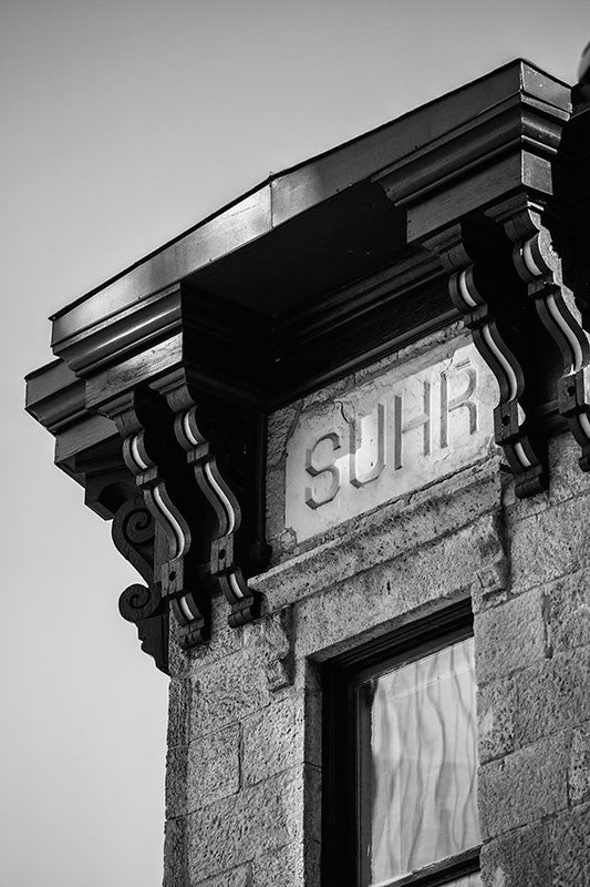 Black and white photograph of the 1887 Suhr Bank Building in downtown Madison, Wisconsin.