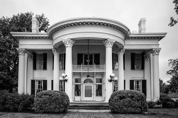 Black and white photograph of Whitehaven House, an 1860s southern mansion in Paducah, Kentucky.