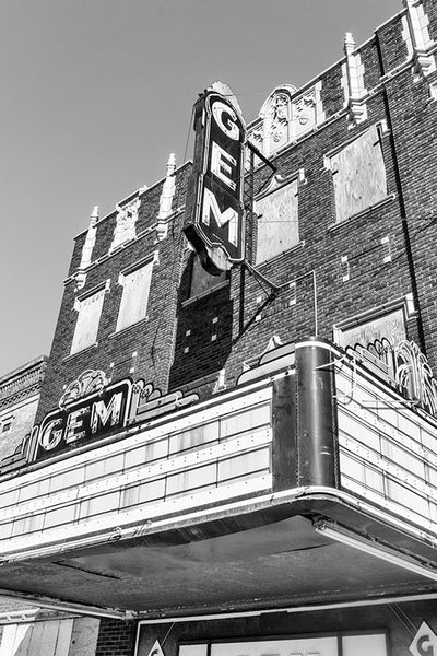 black and white photograph of the abandoned Gem Theatre in Cairo Illinois