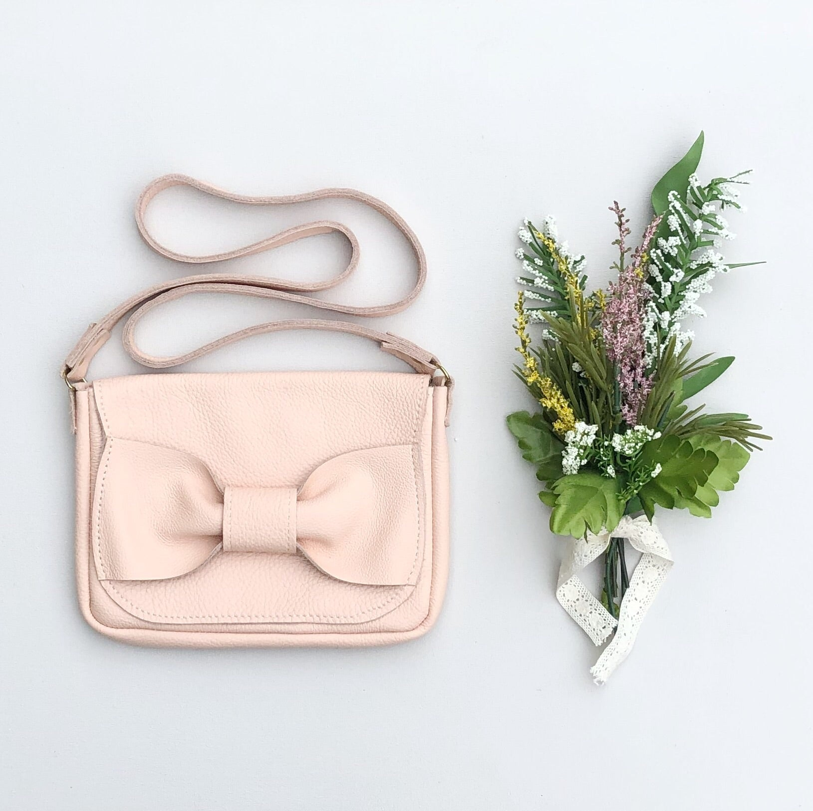 LUX BOW PURSE