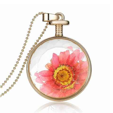 Round Glass Dry Flower Pendant Necklace