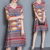 Vintage Women Printed V-Neck Half Sleeve Dresses