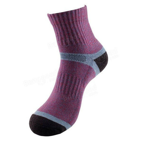 Men's Casual Breathable Antibacterial Sports Outdoor Basketball Middle Tube Socks