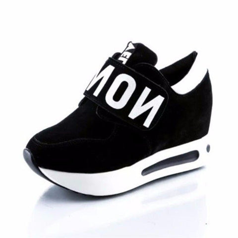 Black White Letter Cloth Hook Loop Flat Running Sport Casual Shoes