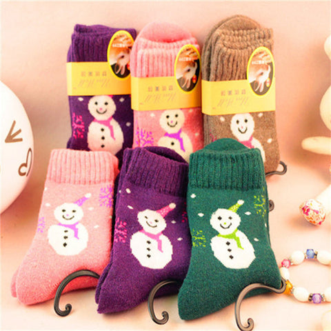 Men Women Snowman Pattern Knitting Wool Thick Socks Mid calf Hosiery