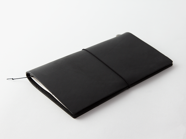 TRAVELER'S Notebook Regular Size - Black