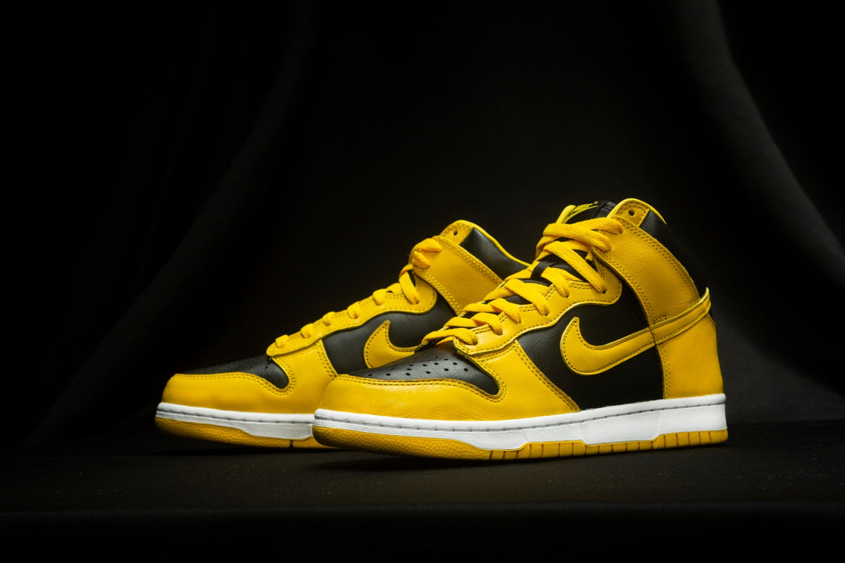 "RAFFLE: Nike Dunk High SP ""BLACK/VARSITY MAIZE"""