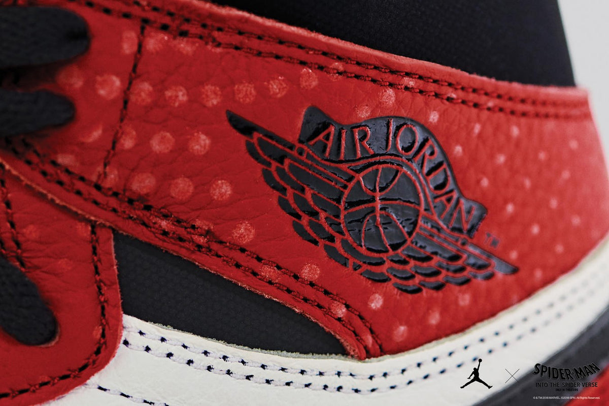 san francisco 14ee5 ea7d6 Air Jordan 1 Retro High OG (GS) Origin Story – JUICESTORE