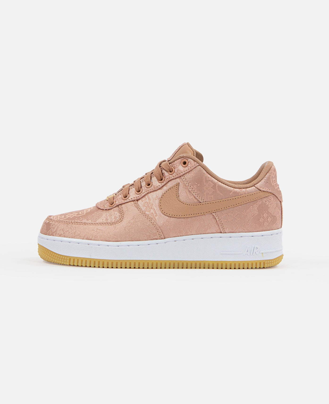 "componente Inconcebible Frugal  Donnie Yen Stars in CLOT x Nike's ""ROSE GOLD SILK"" Air Force 1 Campaig –  JUICESTORE"