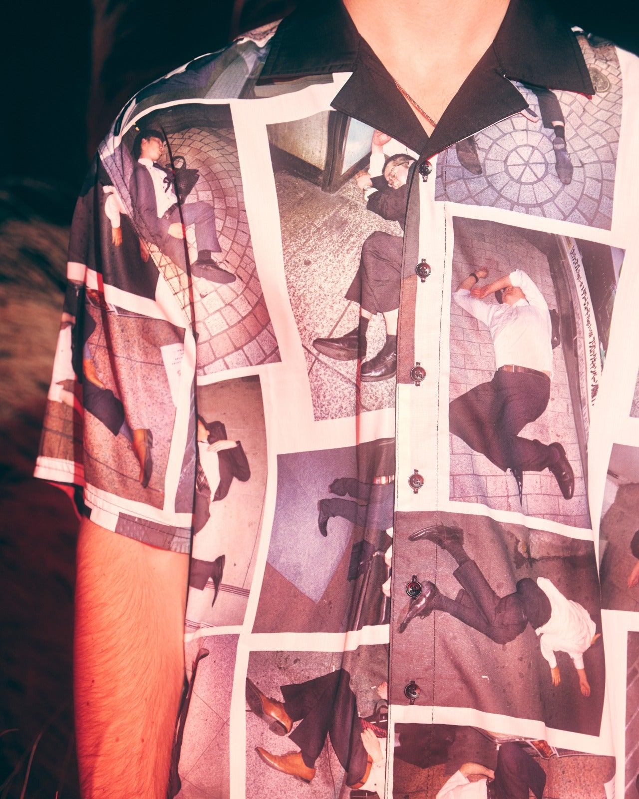 PICTURE BUTTON UP