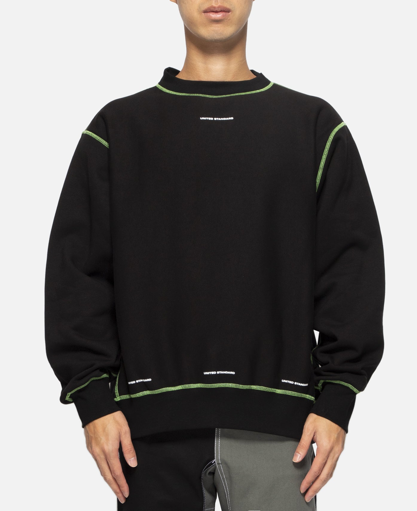Basic Crewneck (Black)