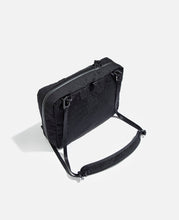 Easy To Carry Travel Pouch (Black)
