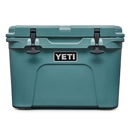 YETI Tundra 35 Cooler, River Green