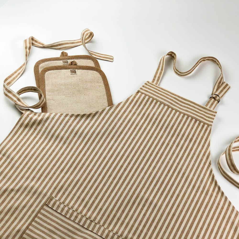 Kitchen Apron + Potholder Bundle