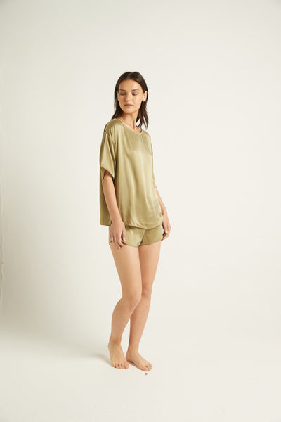 GINIA,PRE-ORDER Washable Silk Tee,Top