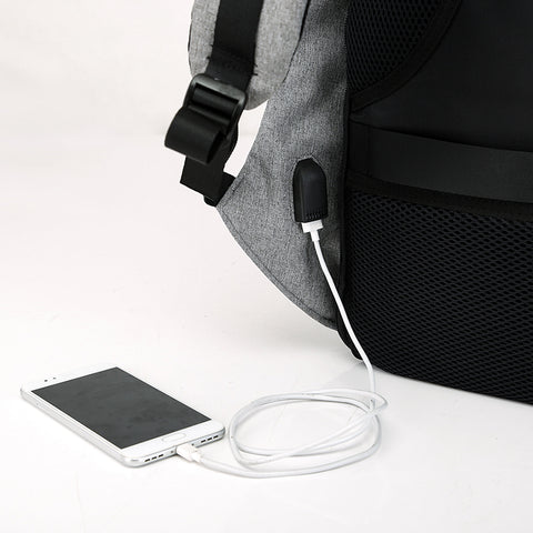 SECURETECH™ ANTI-THEFT USB CHARGING BACKPACK