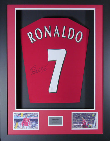 Cristiano Ronaldo Manchester United signed Shirt 3D Display with COA