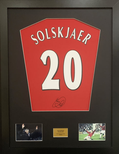 Ole Gunnar Solskjaer Man United Signed Shirt Display With COA