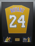 Kobe Bryant La Lakers Signed Jersey Display with COA