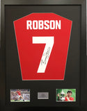 Bryan Robson Manchester United Signed Shirt Display With COA - Kicking The Balls