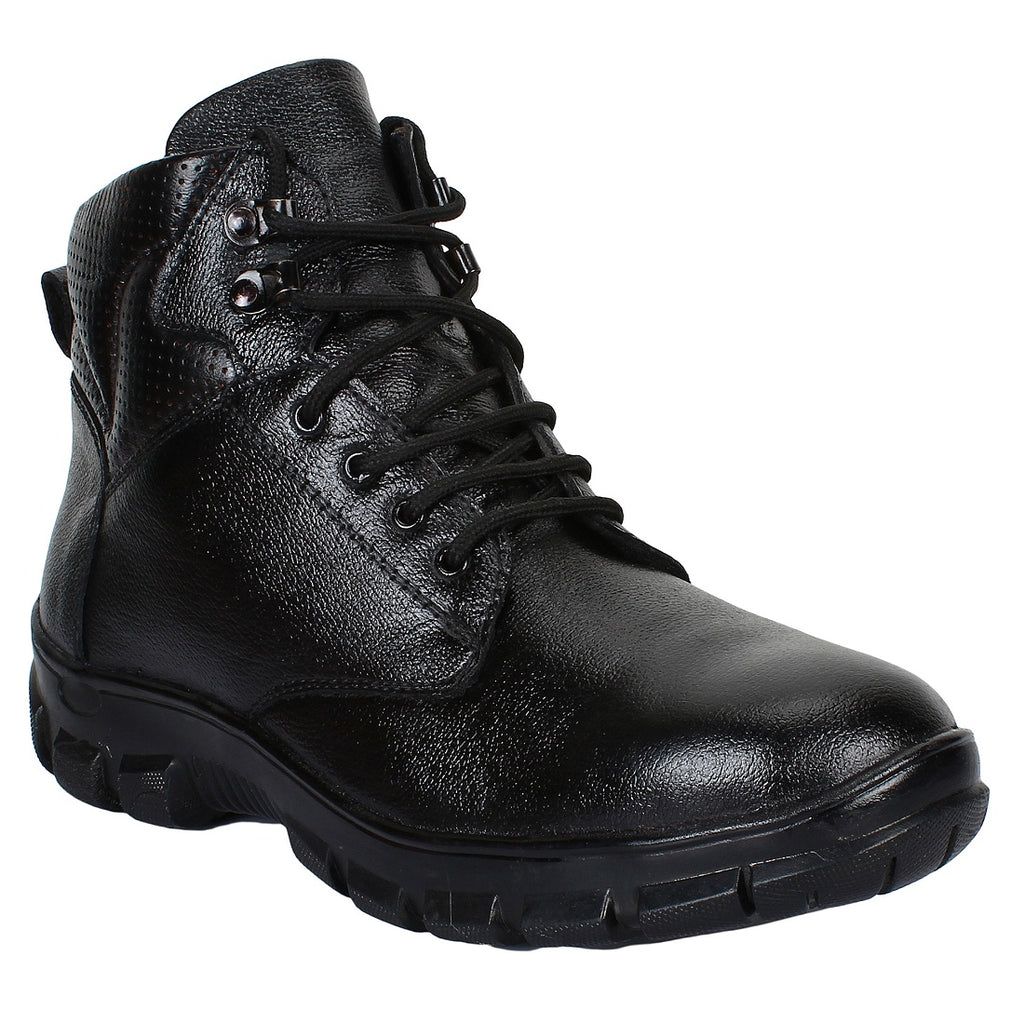45a7ba37966 Buy Safety Boots for Men online in India - SeeandWear