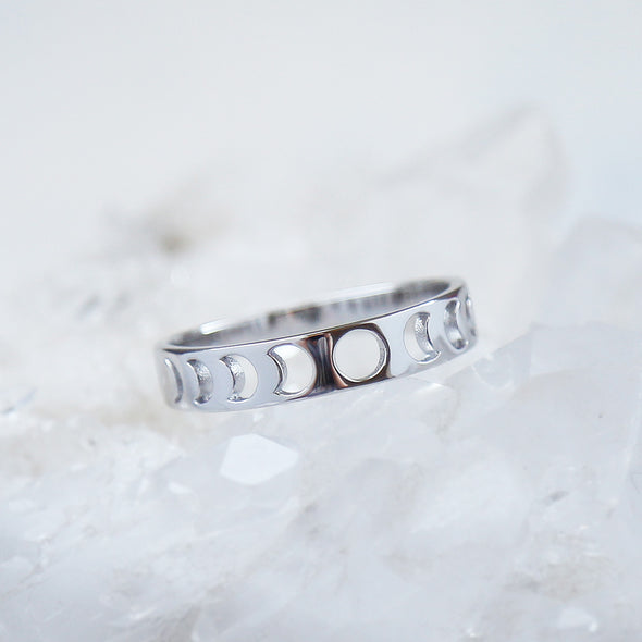 Moon Phase Ring - Sterling Silver