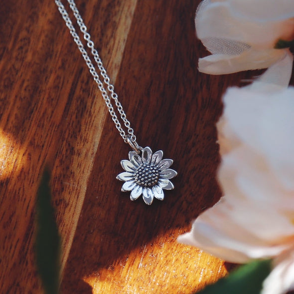 sterling silver sunflower flower necklace