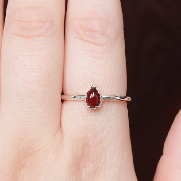 Red Garnet 'Melisandre' Ring - Sterling Silver
