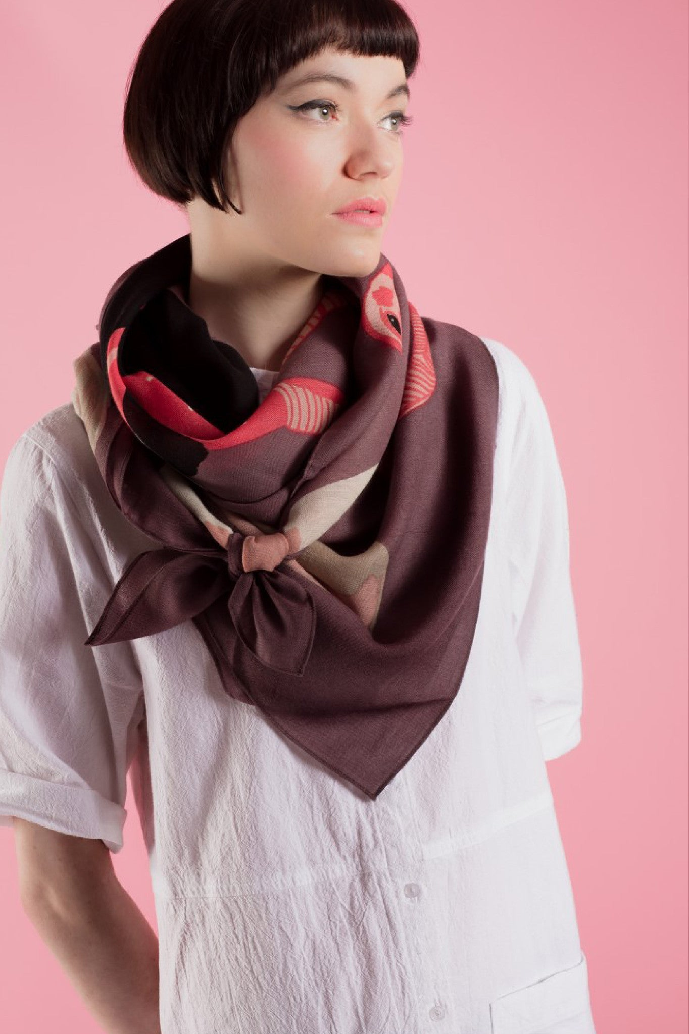 HEAD IN THE SAND WOOL SCARF